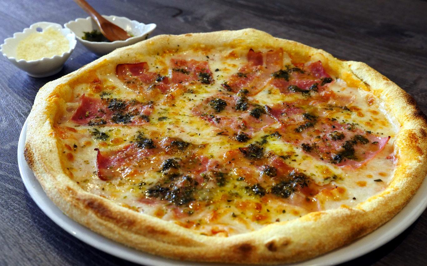 Pizza Ivanna, Pizzas clásicas. Restaurante pizzeria Otro Mondo en Villaviciosa de Odón.